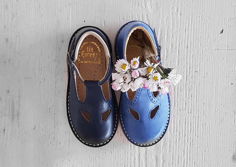 dueocchi eureka blu e celeste con fiore