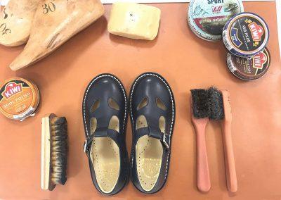 sandali due occhi con kit pulizia